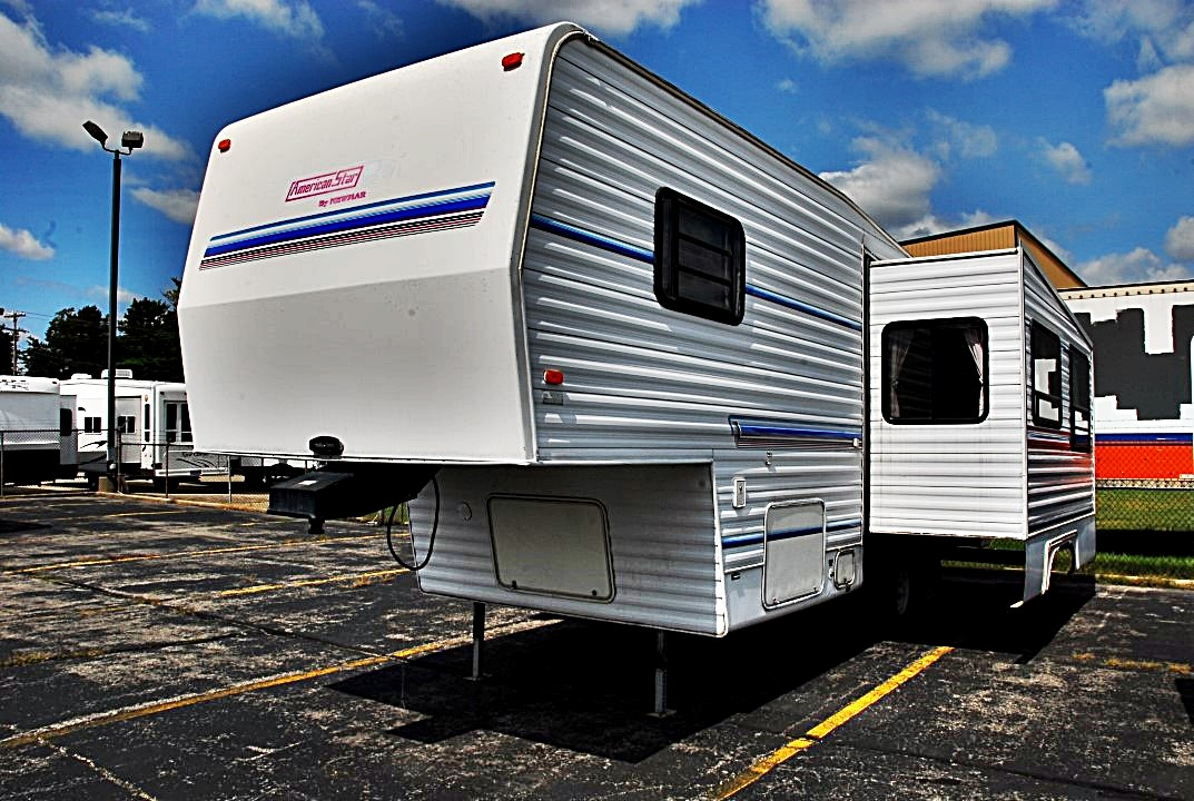 Pre Owned 1995 Newmar American Star 28wrkd Xl Fifth Wheel